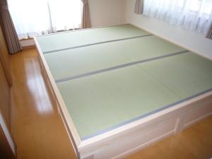足腰に不安の少ない小上がりの畳コーナー