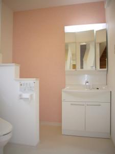 洗面化粧台も同じスペースに