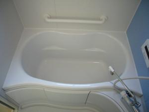 安全に入浴するための手すり