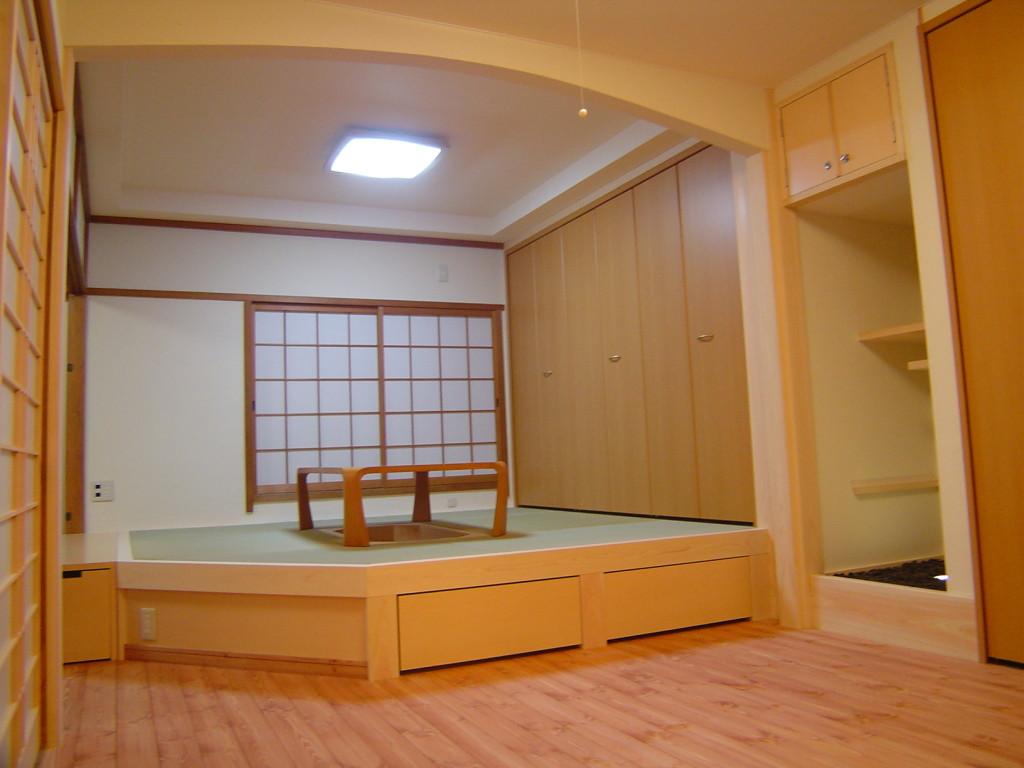 ワンルームの一角をタタミコーナーに 京都市中京区のリビングリフォーム実例