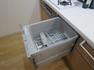 スライドタイプの食器洗い乾燥機