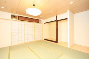 構造リフォームの際に古い欄間や床柱と床かまちを利用したリフォーム